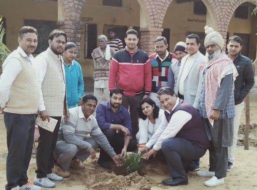 मुनि स्कूल संस्थापक डॉ. अशोक ठाकुर ने फिरोजपुर झिरका के शिक्षकों को बताए बेहतर शिक्षा देने के टिप्स