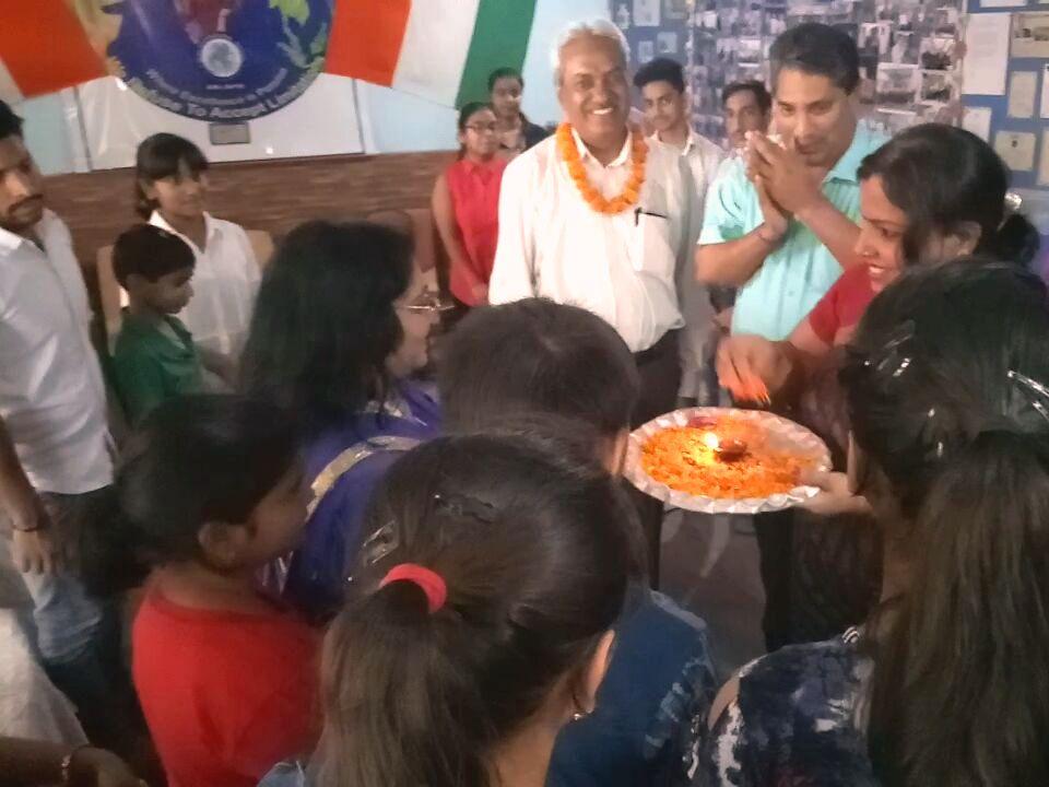 मुनि स्कूल में विजिट पर आए हरिद्वार,बिजनौर व नोएडा स्कूलों के छात्र और अभिभावक