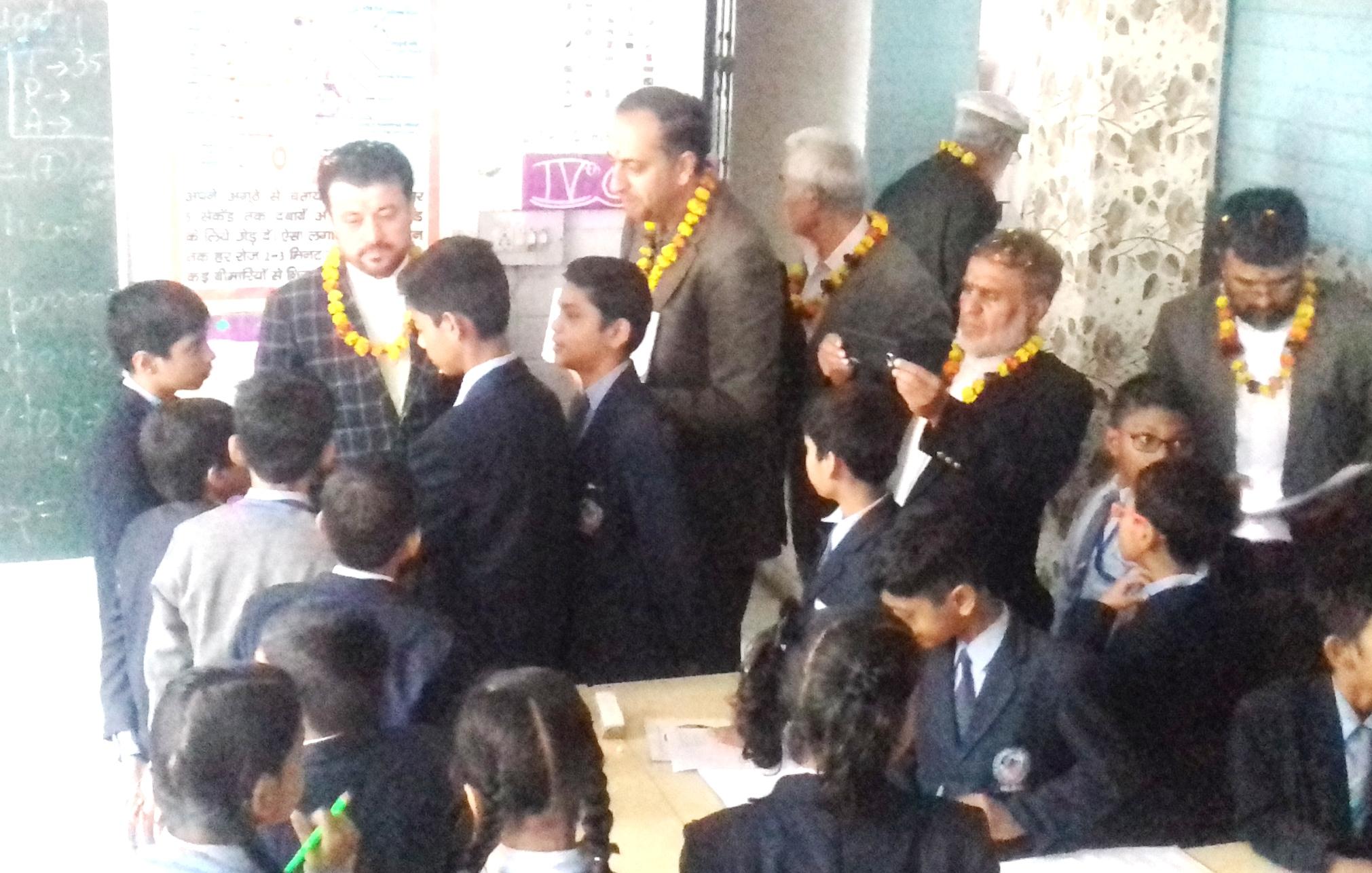 मुनि इंटरनेशनल स्कूल की शिक्षण पद्दति से प्रभावित हुआ अफगानिस्तानी दल