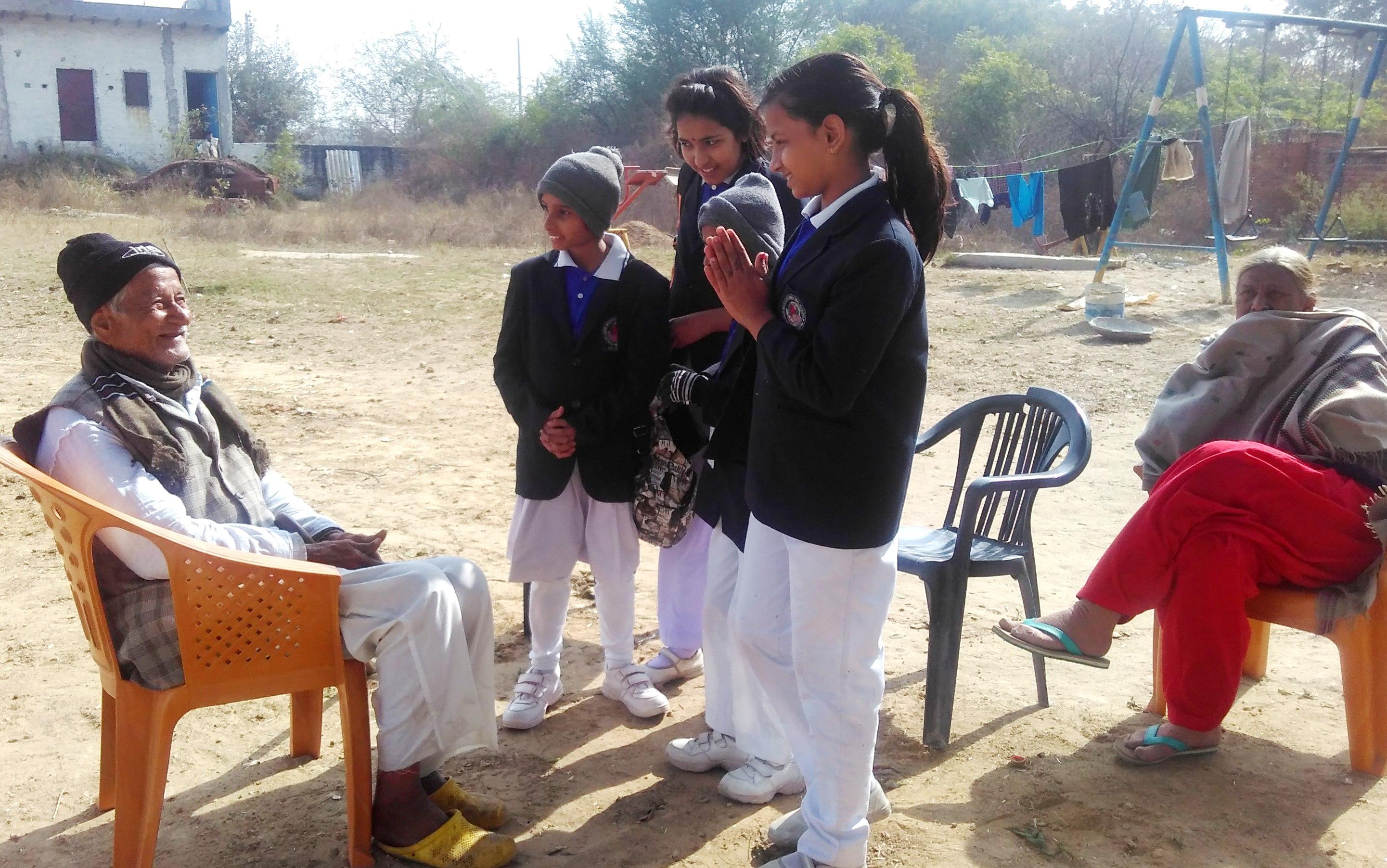 शिक्षा के साथ संस्कार भी देती है एकलव्य एजुकेशन एंड सोशल वेलफेयर सोसाइटी